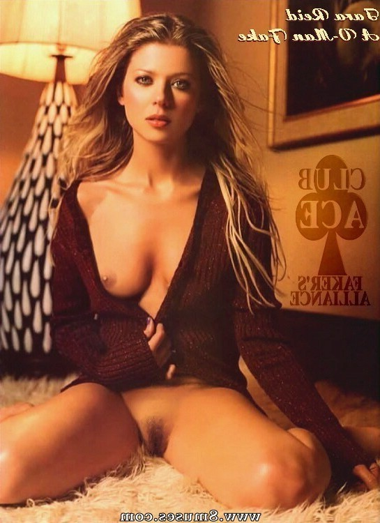 Fake-Celebrities-Sex-Pictures/Tara-Reid Tara_Reid__8muses_-_Sex_and_Porn_Comics_250.jpg